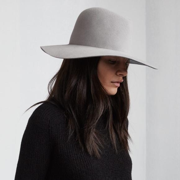 janessa leone Accessories - Janessa Leone Majori Wide Brim Wool Hat Large 6d11ff36a041